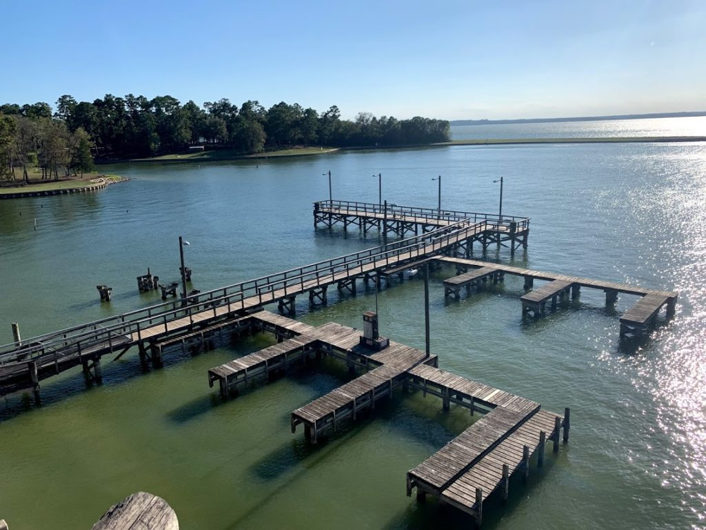 Boat Dock & Fishing Pier